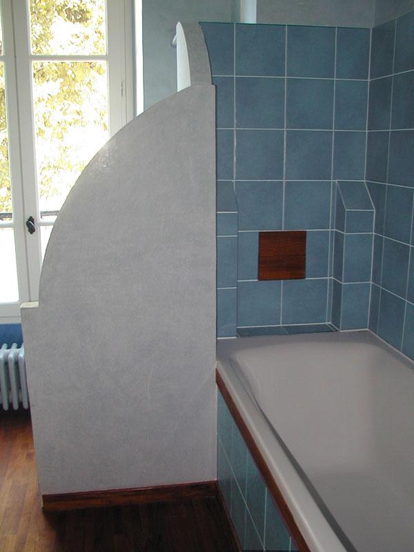 Le bleu et le carreau de pl tre l 39 honneur pour la - Carreau de platre salle de bain ...